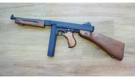 WE Cybergun Thompson M1A1 GBBR
